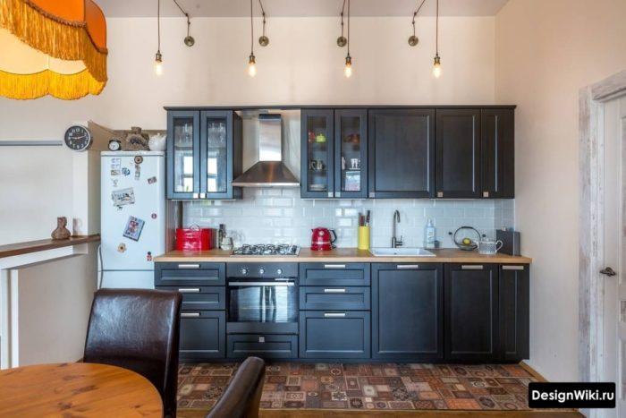дизайн кухни в скандинавском стиле с серым гарнитуром