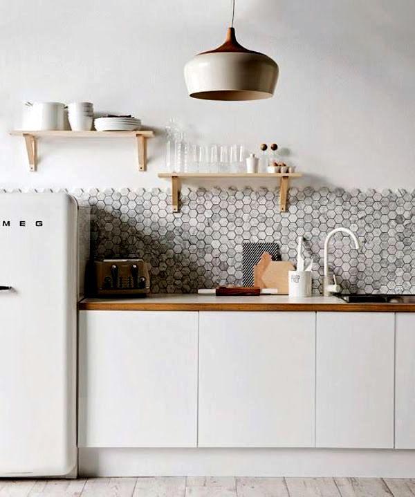 кухня в скандинавском стиле без верхних навесных ящиков