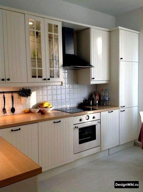 кухня в скандинавском стиле под дерево
