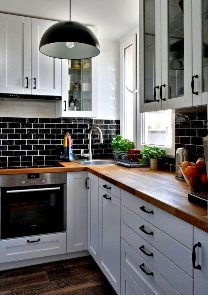 кухня в скандинавском стиле черная столешница