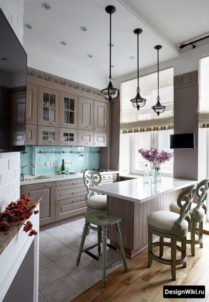 Рольштора макси размера в интерьере кухни в стиле прованс