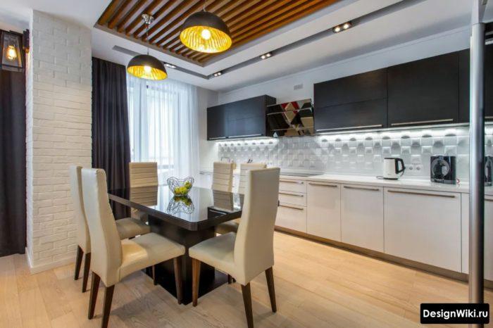 Красивые серые шторы в интерьере стильной кухни