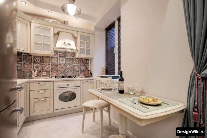 Современный прованс на кухне в городской квартире