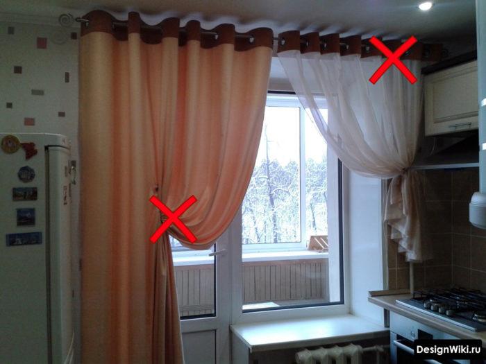Шторы на люверсах с подхватом на кухне с балконом