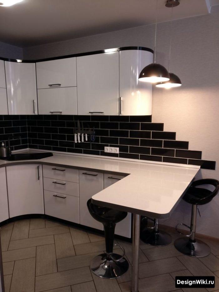 г образная кухня гостиная