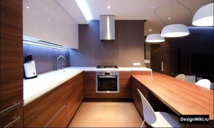 дизайн кухни п образной формы с окном