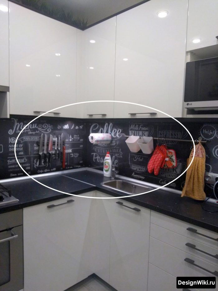 дизайн кухни 6 кв м с холодильником и газовой