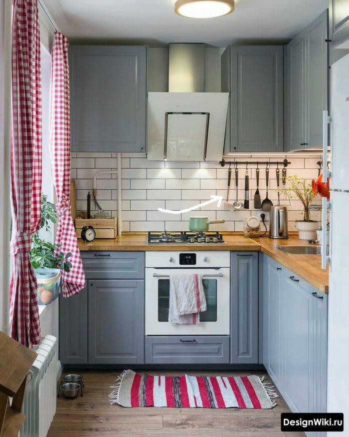 дизайн маленькой кухни 6 кв м с холодильником