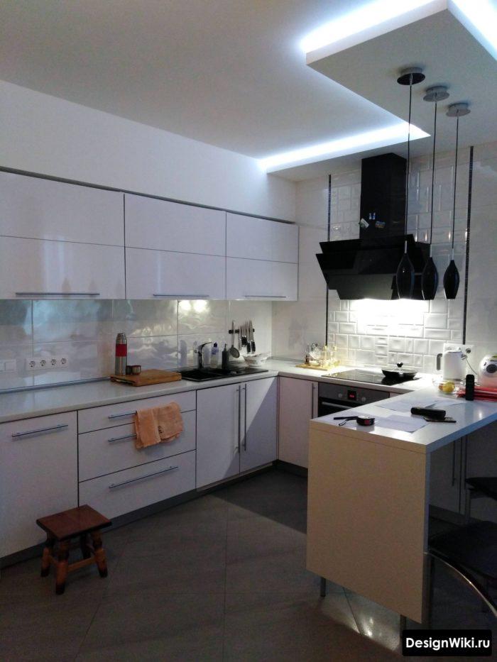 планировка кухни буквой г