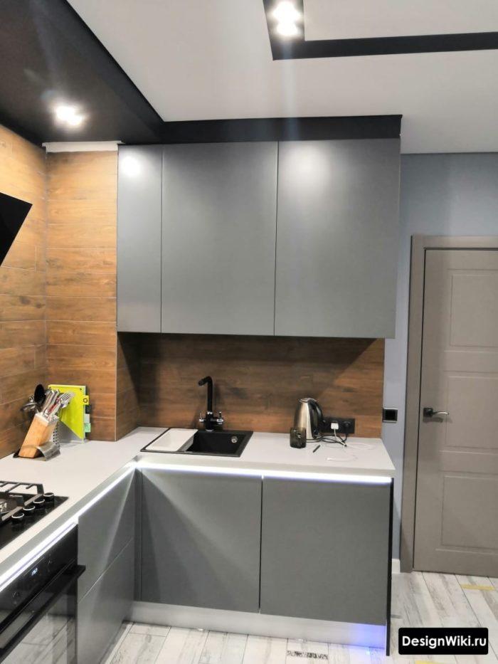 кухни угловые на 9 кв метров с холодильником