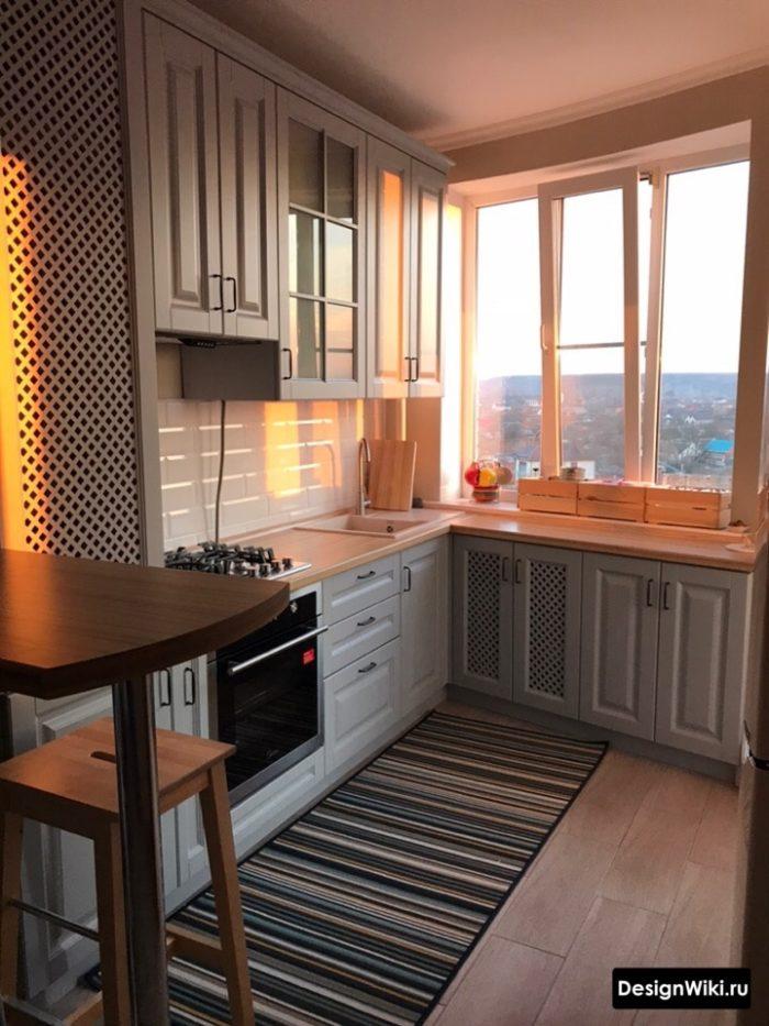 проект кухни 9 кв м с холодильником