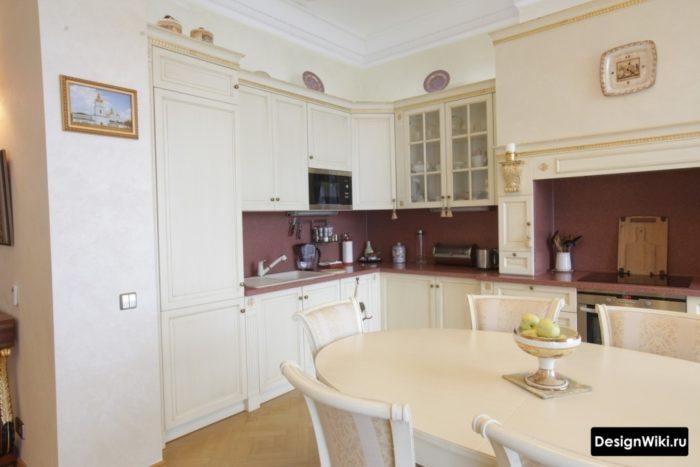 кухни с порталом в классическом стиле