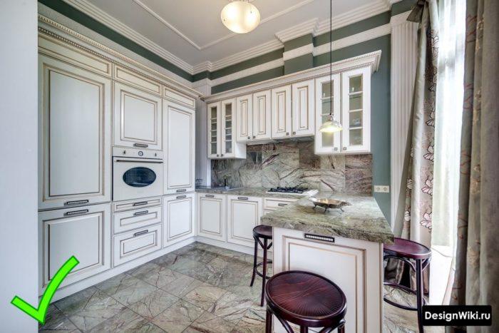 люстры для классической кухни