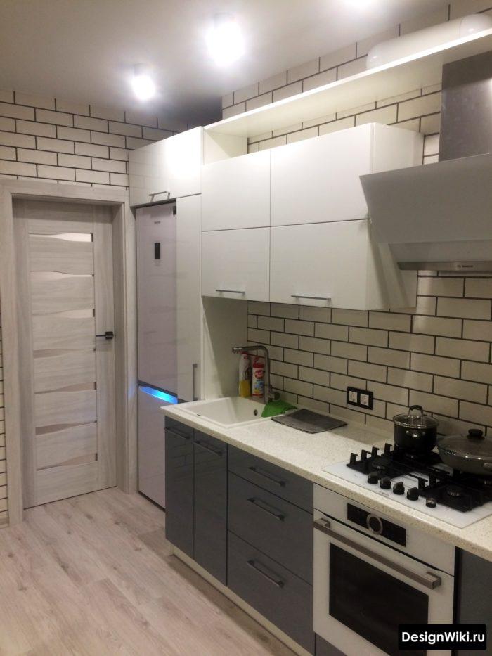 дизайн кухни 10 кв м с выходом на балкон