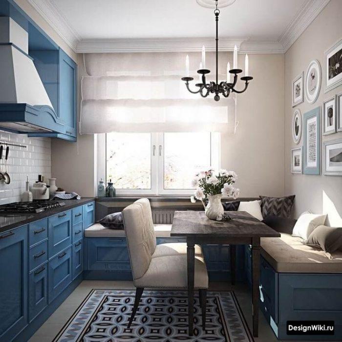 дизайн кухни 10 кв м с окном и диваном