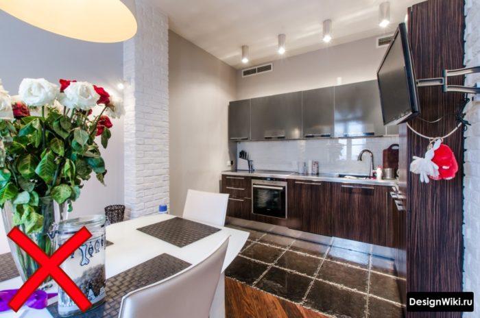 кухня в стиле хайтек в интерьере