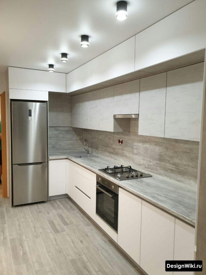 кухня 10 кв м дизайн до потолка