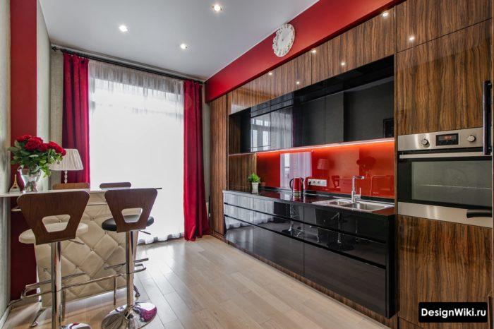 современные яркие шторы в кухне в стиле хай тек