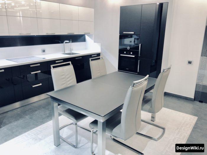 столы в стиле хай тек для кухни