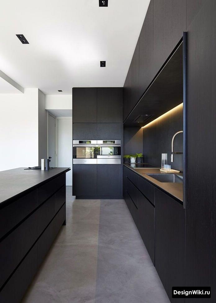 черная кухня в стиле хай тек