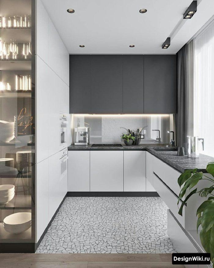 кухня в сером цвете с белым низом