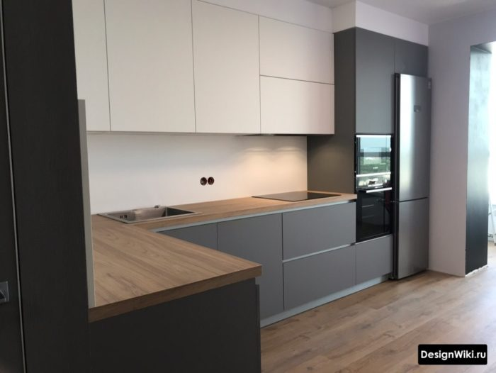 кухня серый низ светлый верх